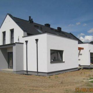 Budynek mieszkalny dwurodzinny w Kaźmierzu