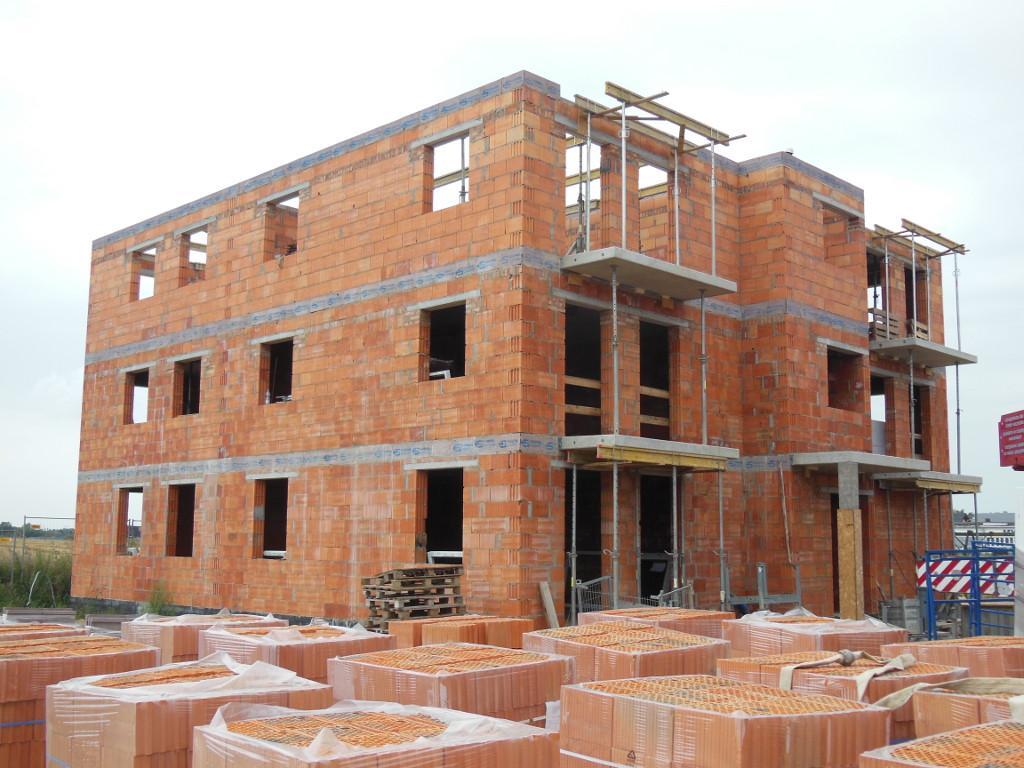 Dom mieszkalny wielorodzinny Szamotuły 06 konstrukcja elewacja frontowa