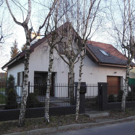 Dom w Dębienku - elewacja frontowa